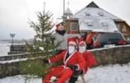Kviečia tradicinis kalėdinis naujametinis nėrimas į Platelių ežerą