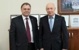 Lietuvos verslo konfederacija ir Lietuvos nacionalinė biblioteka skatins žinių visuomenės ugdymą Lietuvoje