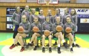 Moksleivių krepšinio lygoje sėkmingai rungtyniauja merginų Plungės SRC komanda