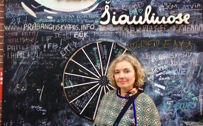 """Rašytoja Dalia Staponkutė: """"Šiauliai plačiai atvėrė duris į pasaulį ir suteikė stiprius sparnus"""""""