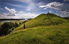 seredziaus-piliakalnis