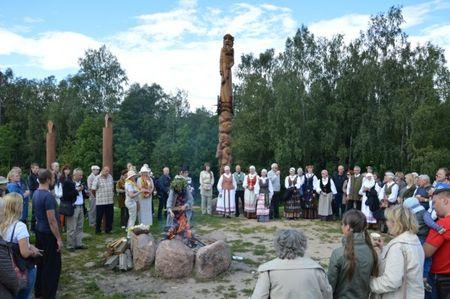 Žolinės tradicijos Naisiuose