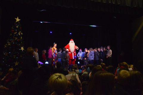 Kalėdinės eglės įžiebimo šventė Naisiuose