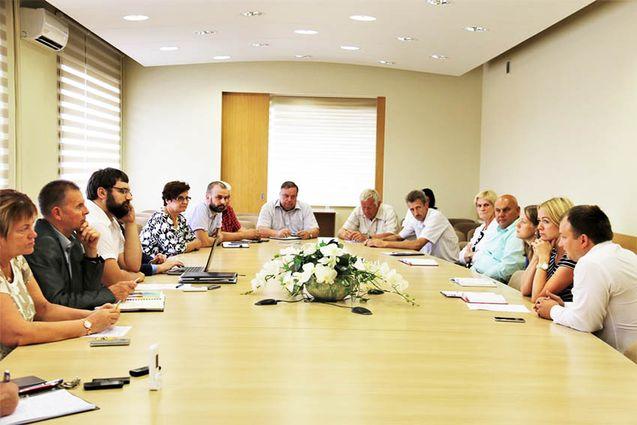 Tauragės rajono savivaldybės vadovų ir seniūnų pasitarime aptarti aktualūs klausimai