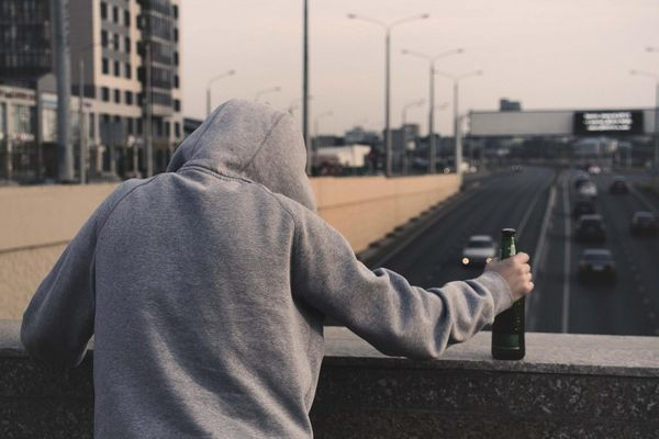Praėjusiais metais dažniausia vaikų paėmimo iš šeimos priežastis – tėvų alkoholio vartojimas